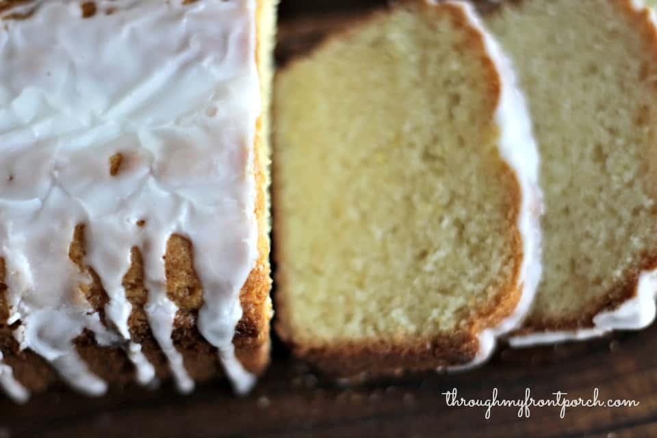Lemon Glaze For Pound Cake Using Lemon Extract